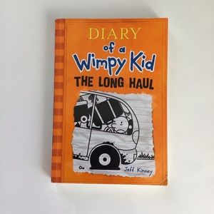 $5 bundle item☀️ Diary of a Whimpy Kid
